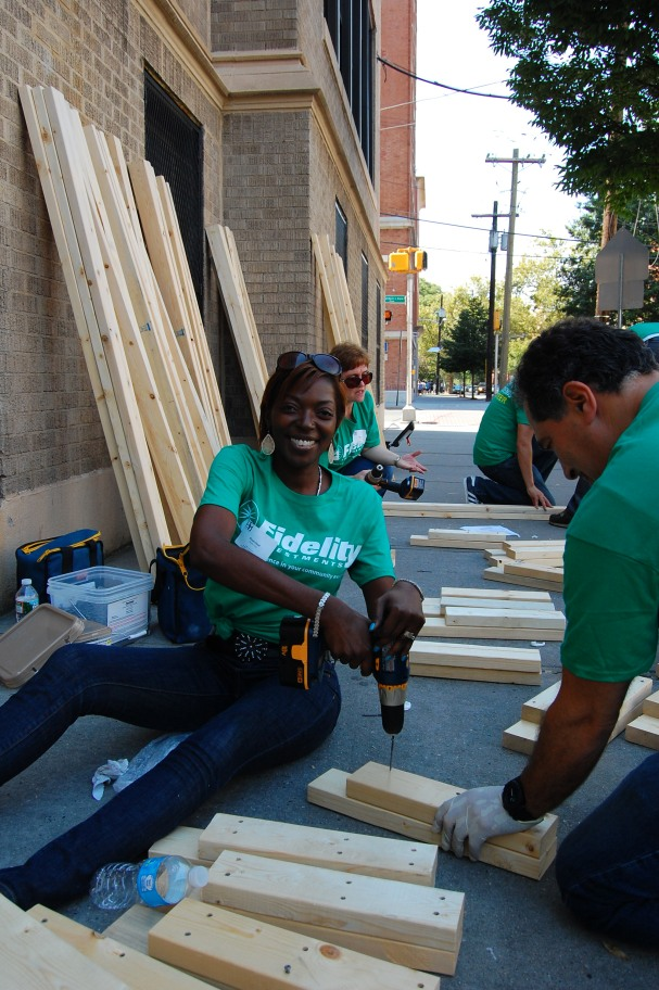 Fidelity Volunteers in Jersey City, NJ