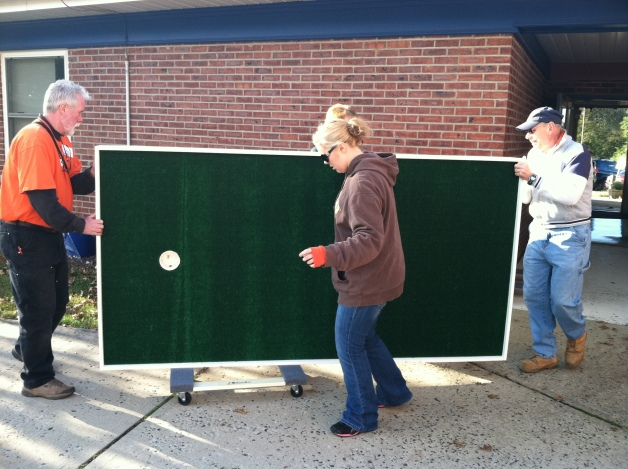 Home Depot volunteers in Peapack, NJ